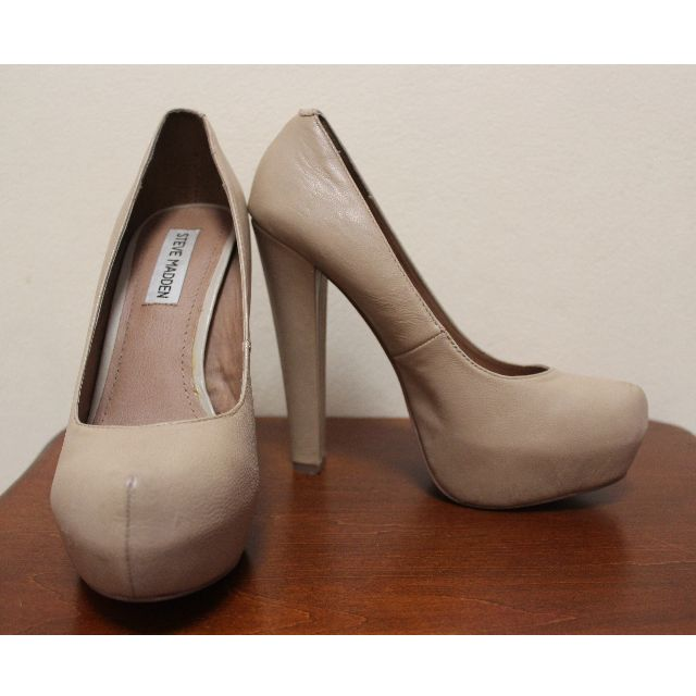 Steve Madden 'Danitty' Platform Leather Heels in Nude (US Size 7)