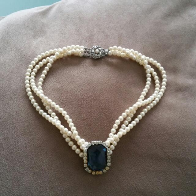 Vintage Pearl Neckace Multi Strand Pearls With Blue Stone ☆☆ Lovely & Charming Piece On A Classic Top Sits On Collarbone