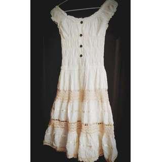 米白 洋裝 鏤空 渡假洋裝 海灘洋裝