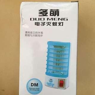 電子插座式電蚊器