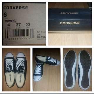 Black Converse Shoes - Size 6