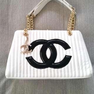 Replica Chanel handbag