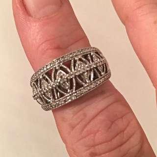 Gorgeous Silver Diamond Ring - Pandora