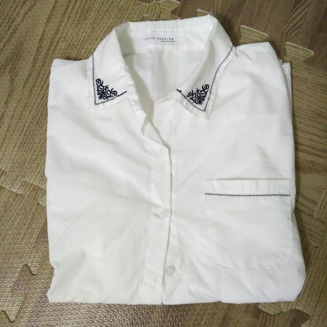 文青風刺繡長袖襯衫