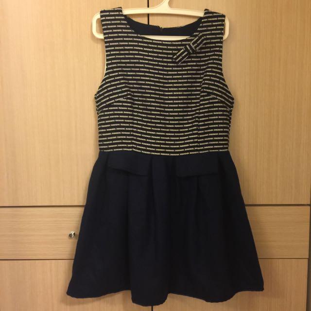 簡約藍色洋裝