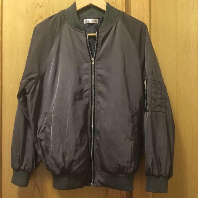(九成新)🛩飛行夾克 MA-1 墨綠灰
