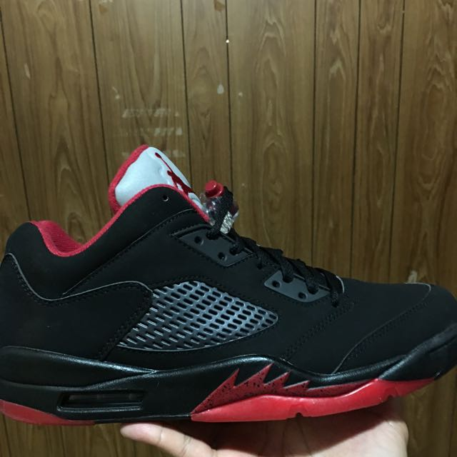 Jordan 5 Retro Black/red