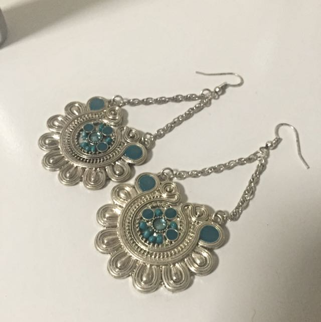 Lovisa Silver and Turquoise earrings