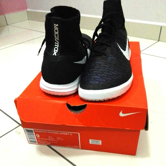 a938c90167 Nike Magista X Futsal Shoe