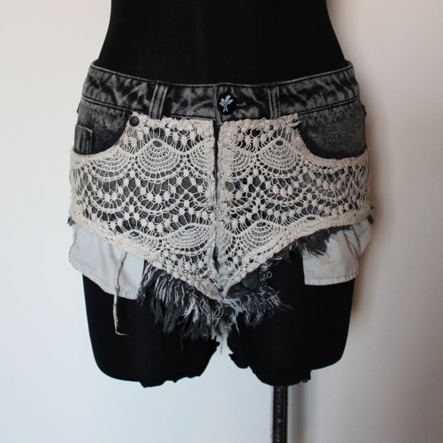 ONE TEASPOON LACE ROCCO ROLLER DENIM SHORTS