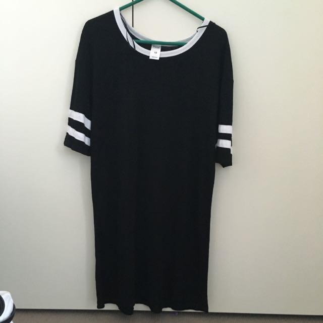 Short Sleeve Throw Over Dress