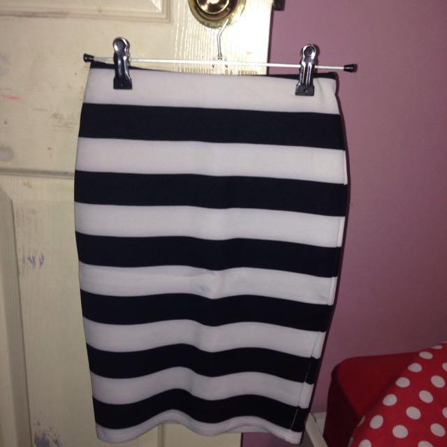 Tight Black And White Skirt