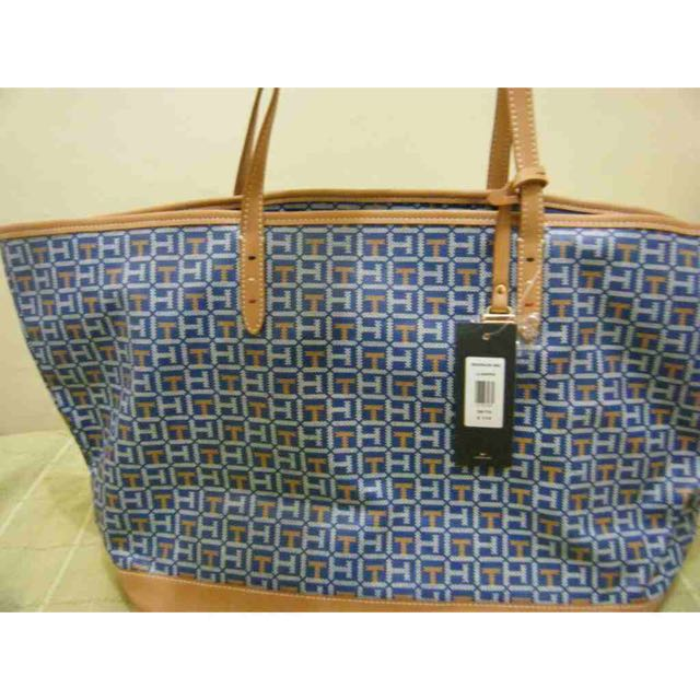69ae92d37d US Authentic Tommy Hilfiger Tote Bag, Women's Fashion, Bags & Wallets on  Carousell