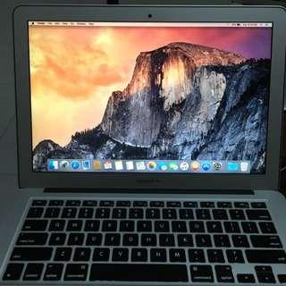 """MacBook Air 13.3"""" 2015 1 Year Old, Valid 2 Years Warranty"""