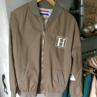 HBA Vintage Windbreaker. Condition Used. Item Bought In Korea And Only Used Once - Fast Deal