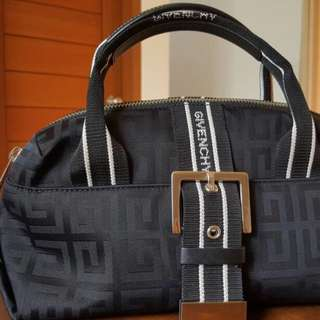 REPRICE GIVENCHY Authentic