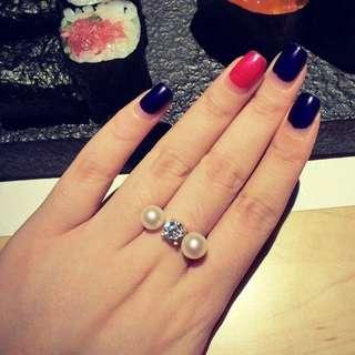 🚚 戒指 梨花珍珠鑽石開口戒指
