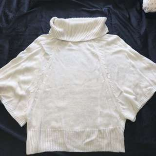 白色高領蝙蝠袖針織衫