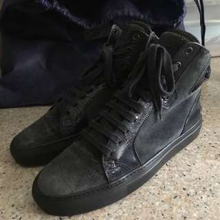 Yves Saint Laurent Sneaker