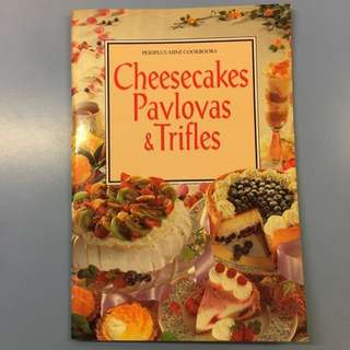Assorted Periplus Mini Cookbooks (Baking)