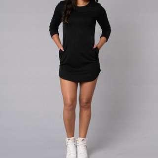 Fashion nova ▪️Overthrow dress in black