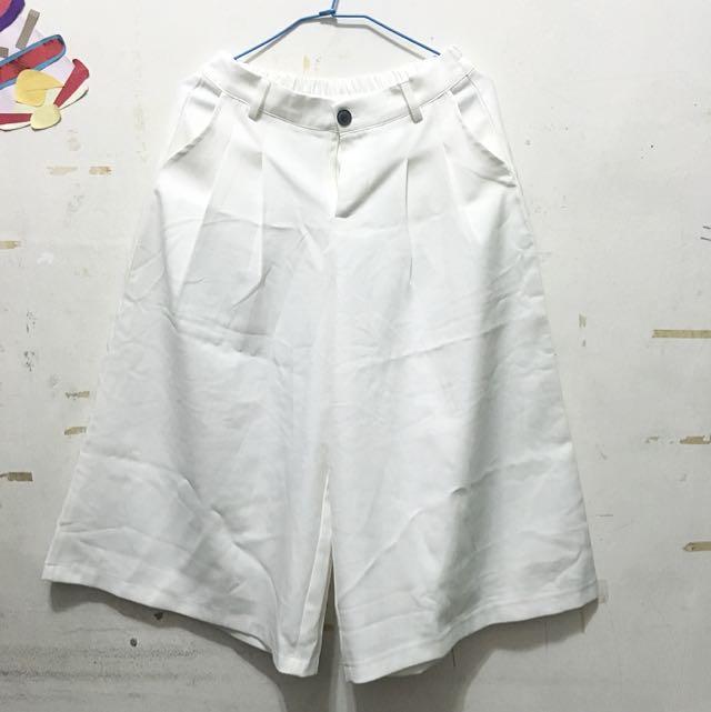 (暫售🎉)白色寬褲