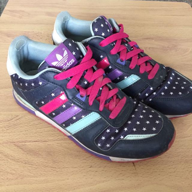Adidas 慢跑鞋 4號