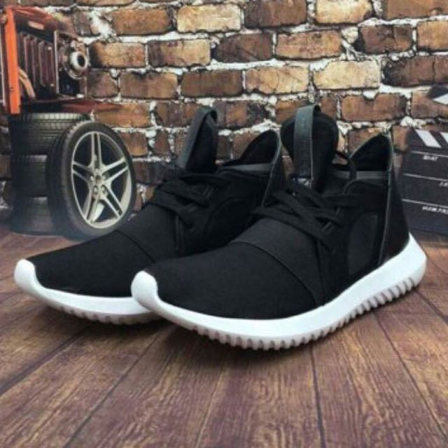 adidas originals Tubular Snake 愛迪達 潮牌款 繃帶黑白 男女鞋款