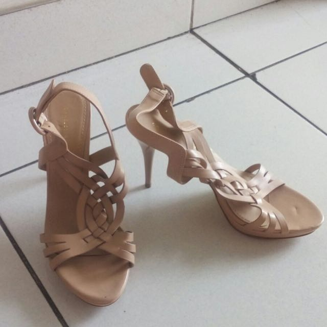 charles & keith shoes size 37
