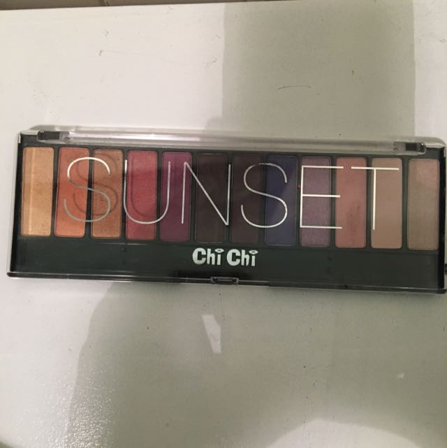 Chichi Sunset Palette