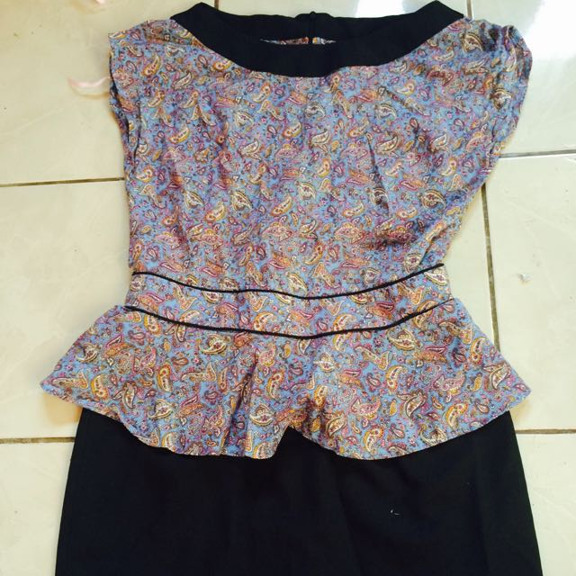 Hasenda dress size M