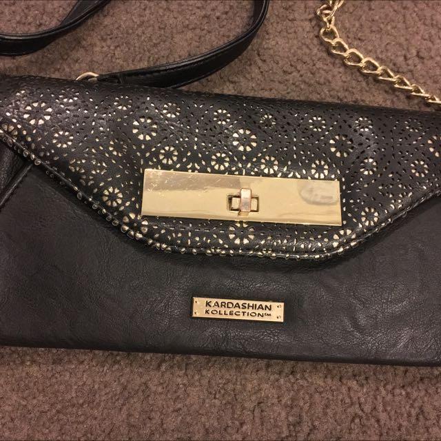Kardashian sling Bag