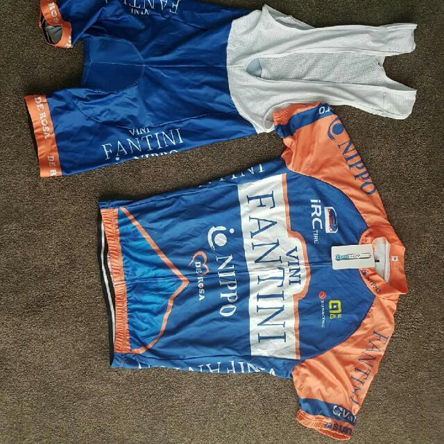 XL cycling Padded Shorts And Jersey