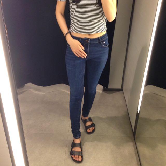 Zara深藍顯瘦牛仔褲s號