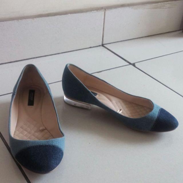 Zara flat shoes size 37