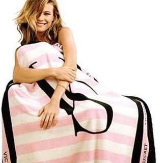 Sold ! Authentic Victoria's Secret Pink Striped Stadium Blanket With Tag Victoria Secrets Passport Holder