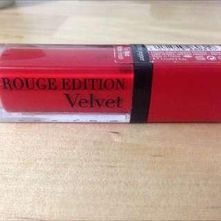 Preloved Bourjois Rouge Edition Velvet