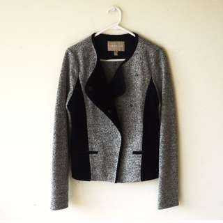 Banana Republic Black & Grey Jacket With Leather Look Lining Size 8
