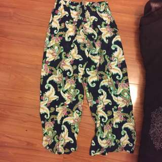 highwaisted  printed flared pants