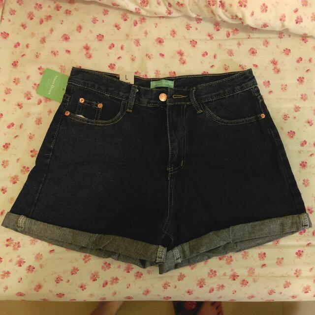 全新顯瘦牛仔褲求售