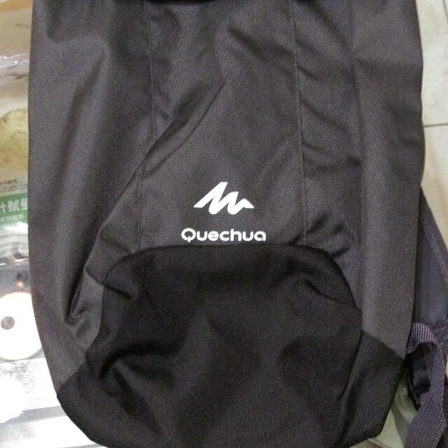 全新輕盈後背包,灰黑色,喜歡可以私訊出價!