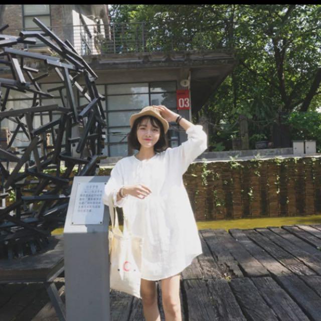 白色慵懶連衣裙