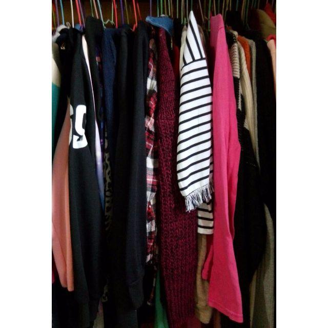 福袋🌟現貨求出清🌟韓版 日系 T恤 上衣 洋裝 短褲 保養品 化妝品 CC霜 遮瑕 唇彩