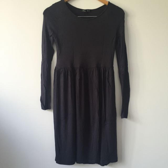 ASOS Navy Long-sleeve Skater Style Dress Size 6