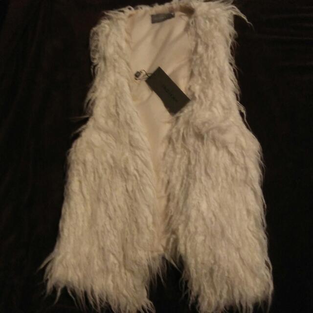 Inc Postage! Indikah Faux Fur Vest Jacket Thingy M