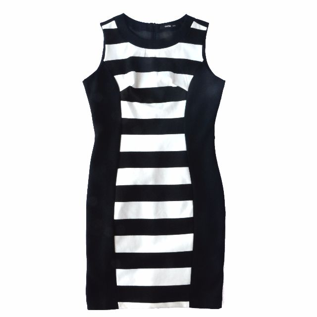 Oasis Body Hugging Dress Black & White Size 10