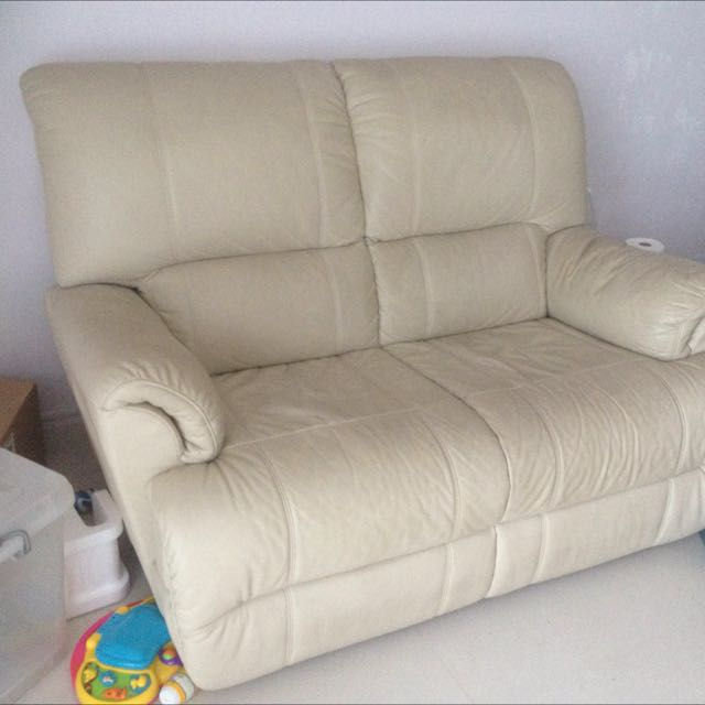 QUICK SALE! Beautiful Sofa In Good Condition