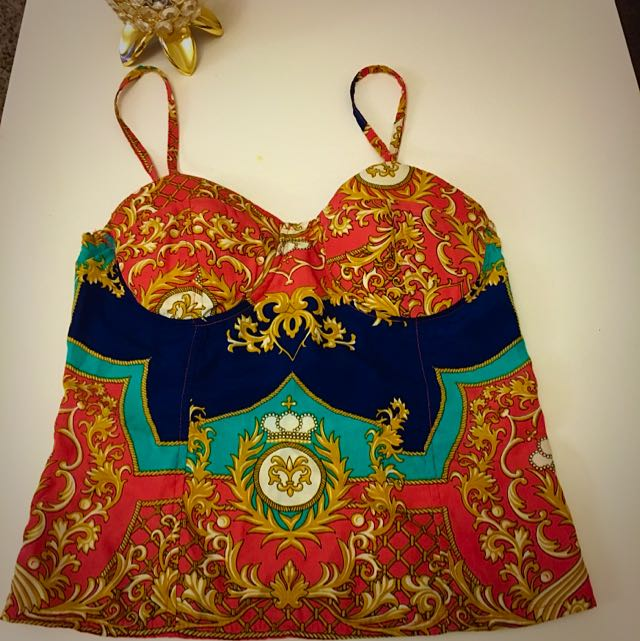 Size S-Colourful Crop Top
