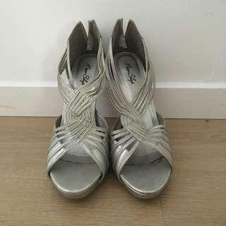 Miss Shop Shoes