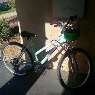 Bike with new helmet&lock